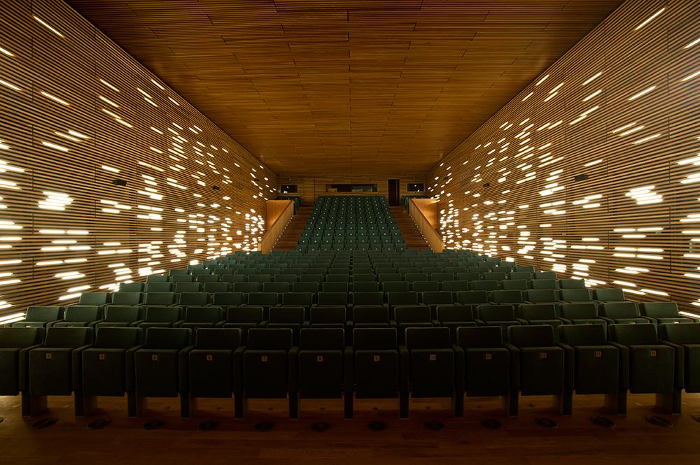 Mar a gil de montes c cultural conde duque madrid - Arquitectura de interiores madrid ...